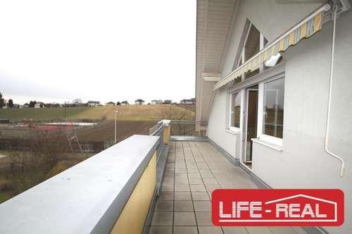 Sonnige, helle, freundliche Dachgeschoßwohnung im Zentrum von Leonding