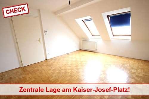 Top Lage: Schöne Wohnung am Kaiser-Josef Platz!