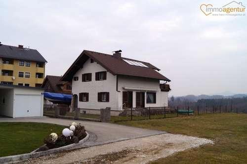 Traum-Immobilie in Gmunden mit großzügigem Garten, Doppelgarage und Panoramablick auf den Traunstein