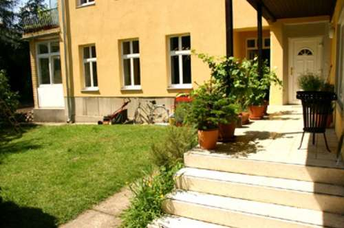 Mitten in der Innenstadt: Wohnung mit eigener Garten in Bestlage