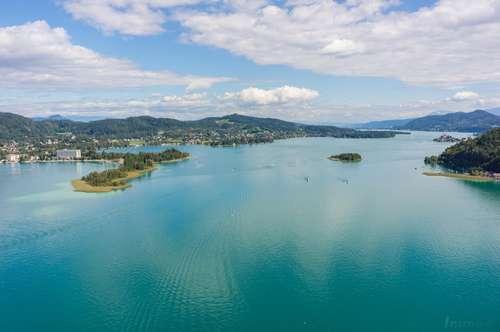 Wörthersee - Elegante Villa mit breitem Seeufer   Lake Woerthersee - elegant lake villa beachfront
