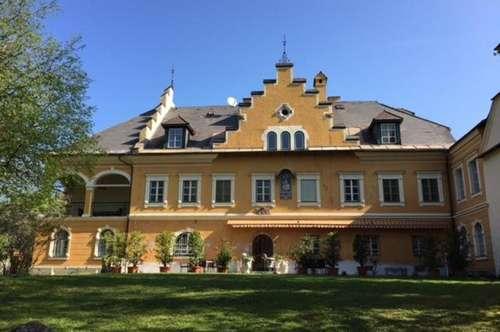 Gemütliche zwei Zimmer Wohnung im Schloss St.Georgen