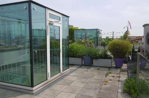Schöne Dachterrassenwohnung - Nähe U4/Stadtpark!