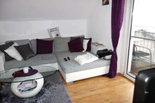 Helle, freundliche 4-Zimmer-Wohnung mit Balkon