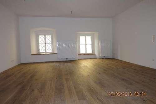 Große 3 - Zimmer - Wohnung im Herzen von Hallein (WG geeignet)