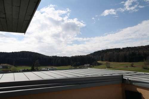 Pärchen oder Jungfamilie gesucht - Exklusive 3-Zimmer-Dachgeschosswohnung