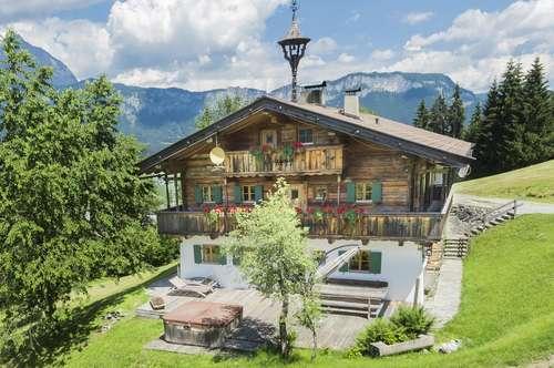 """Unikates Bauernhaus in sonniger Aussichtslage, """"Ski In"""""""