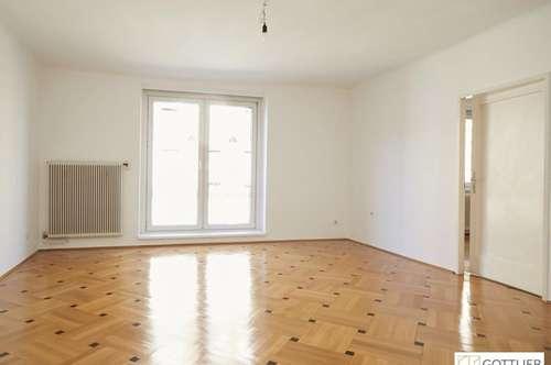 Bestlage Schottentor! Helle 4-Zimmer-Wohnung in Stockwerkslage mit Sanierungsbedarf