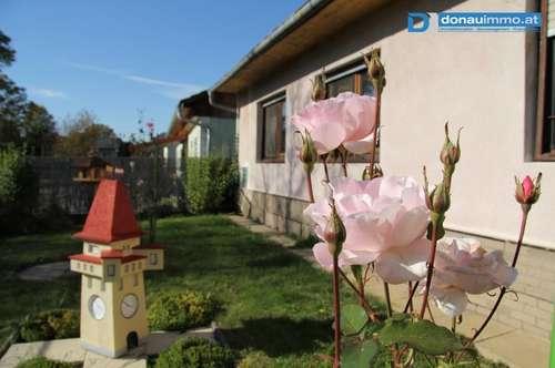 Großer Arkadenhof mit wunderschönem Innenhof und Garten