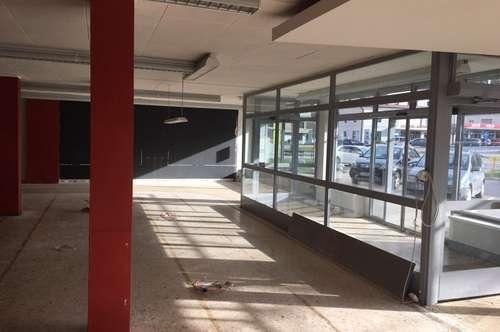 Geschäftslokal mit Auslagen in Treibach-Althofen am Hauptplatz!