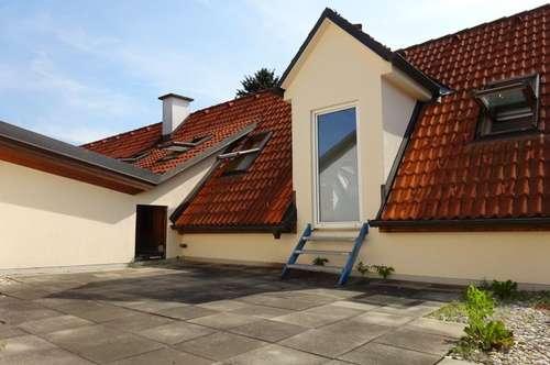 Provisionsfrei - Wunderschöne 4- bis 5-Zimmer-Wohnung mit rund 30 m² großer Dachterrasse