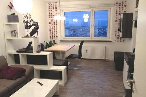Moderne 2 Zimmerwohnung! Total saniert!