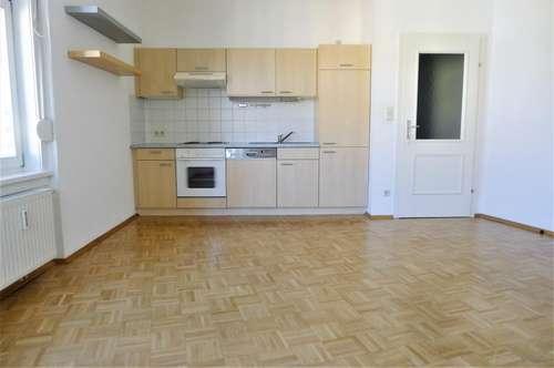 Wunderschöne 3-Zimmer-Wohnung am Floßlendplatz! 72m² mit toller Aussicht!