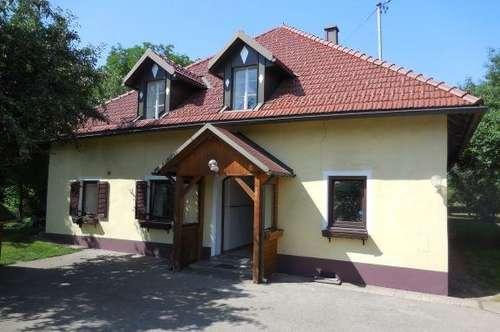 Antike, revitalisierte Hofstelle Nähe Klagenfurt