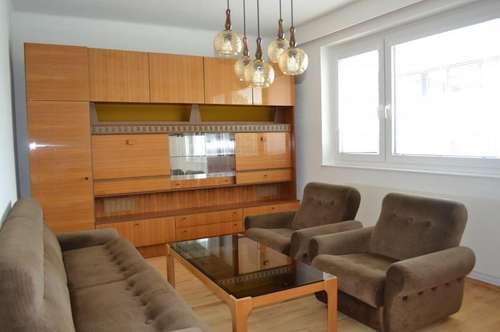 Sonnige 3-Zimmer-Wohnung mit Gartenbenützung in ruhiger Lage in Petzenkirchen! Parkmöglichkeit vor dem Haus!