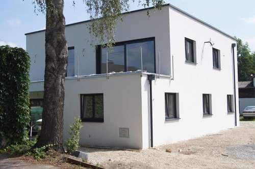 Erstbezug: Geräumige 4-Zimmer Wohnung im Orskern!