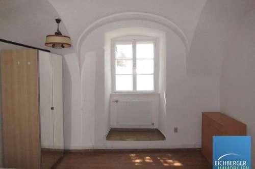 1 Zimmer - Wohnung in Stein