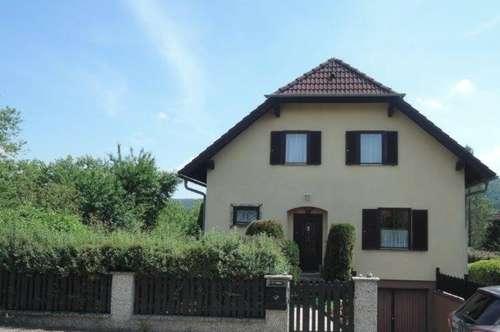 Einfamilienhaus in erhöhter Traumlage mit Ausblick ins Kamptal!