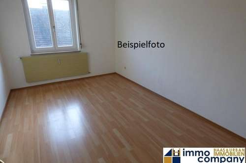 Helle 1-Zimmer-Wohnung im Zentrum von Jennersdorf