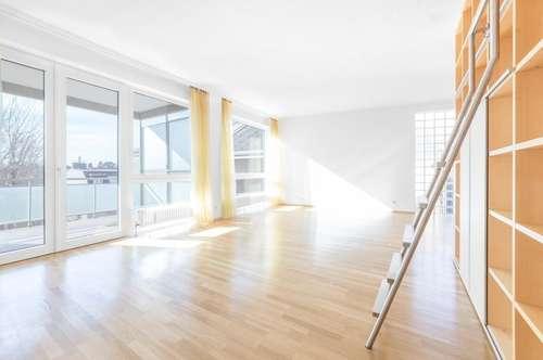 Elegante 5-Zimmer Wohnung  mit Terrasse und Gemeinschaftsgarten - ideal für Familien !!!