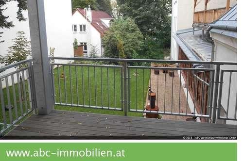 Traumhafte topausgestattete 157m2 Altbaumiete,Erstbezug mit riesiger Terrasse und Balkon
