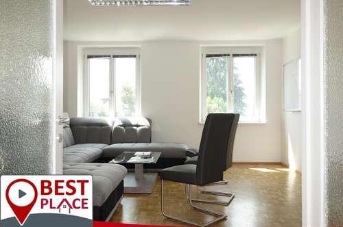 Helle Mietwohnung oder Büro mit Südloggia