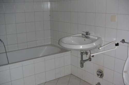 Nette Wohnung in zentraler Lage in Traisen zu vermieten!