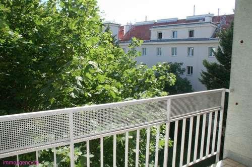Ideale Wohnung-möbliert-Balkon-Garage!