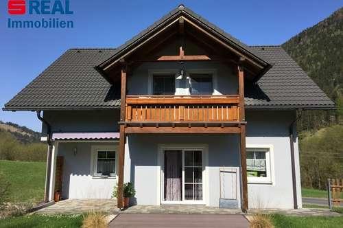 Modernes und hochwertiges Niedrigenergiehaus mit großem Garten, für anspruchsvolle Familien