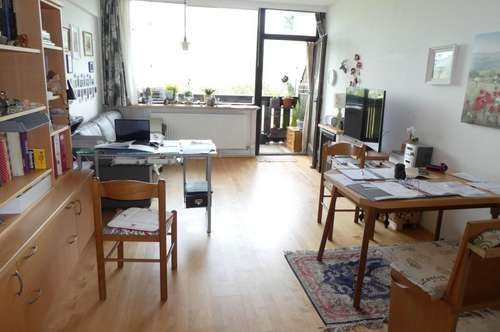 2 1/2  Zimmer Dachgeschoß-Apartment