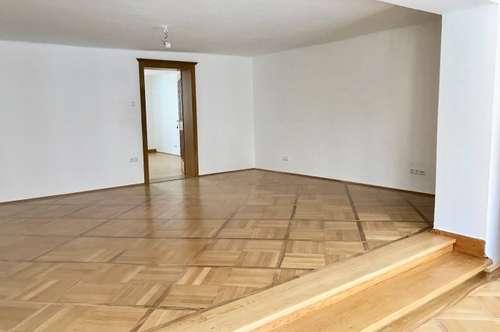 Griesgasse: Altbau: 2 Zi mit Charme - renoviert - zentrale Lage!