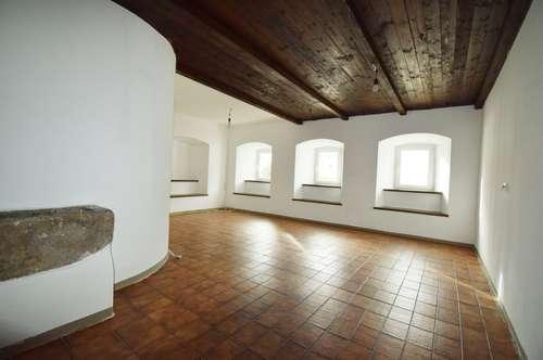 Geräumige 4 ZI-Wohnung in ehemaligen Bauernhof - Nähe Rainbach /Mkr.