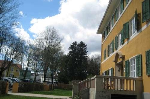 Sonnige 2ZI in schöner Altbauvilla +Gartennutzung+PP nahe Stadtzentrum