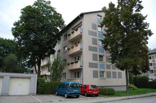 Urbanes Wohnen für Stadtliebhaber - sehr ansprechend, hell und freundlich - schöne Loggia mit Blick ins Grüne - provisionsfrei!