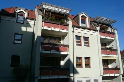 Sonnige Dachgeschoßwohnung mit Balkon - Provisionsfrei direkt vom Eigentümer!