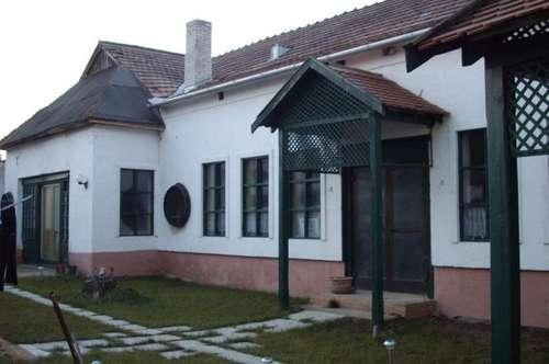Großes Haus, privat und beruflich offen für alle Branchen - Büro/Praxis/Ausstellung/Geschäft/Clublokal