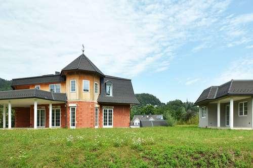Verwirklichen Sie Ihren Wohntraum: Stilvolle Villa mit viel Potential am Wörthersee. VERKAUF IM BIETERVERFAHREN!