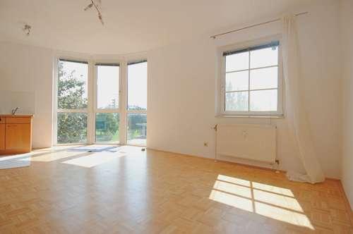Sehr gepflegte, sonnige 52 qm Wohnung in Schwechat