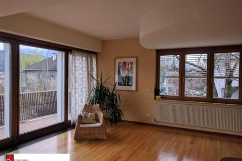 helle 4-Zimmer-Wohnung mit Balkon/Garten
