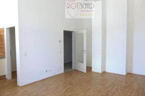 ab sofort gemütliche günstige 58m2 Wohnung, 1SZ , großer Wohn-Essbereich, barrierefrei !