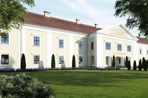 Schloss Neusiedl - Wohnung 1.2 mit Loggia und Garten