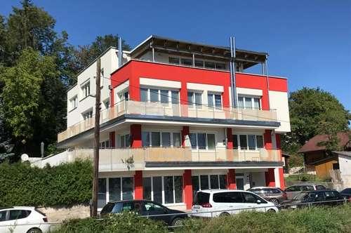 Wohnung mit Balkon - Top 4