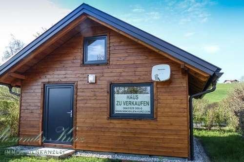 Kleines Wochenendhaus direkt am Mattsee, Erstbezug
