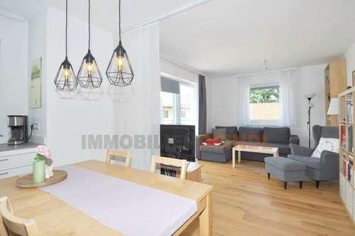 Stylische 4-Zimmer-Wohnung mit Terrassen-Balkon und Parkplatz in Bürmoos
