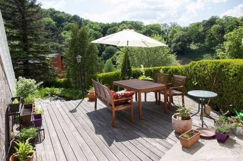 Tolle Mietwohnung mit eigener 20m2 Terrasse in Hinterbrühler Villa
