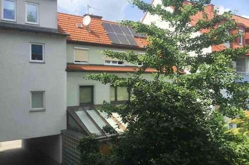 Baumkirchnerring Mietwohnung mit Balkon am ersten Stock