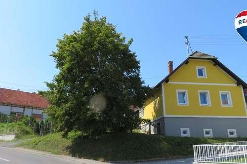 Landhaus mit besonderem Nebengebäude