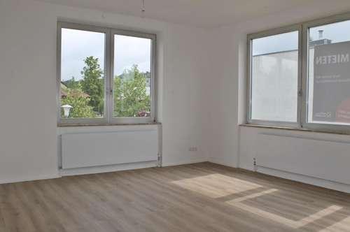 Helle, neu renovierte 3-Zimmerwohnung