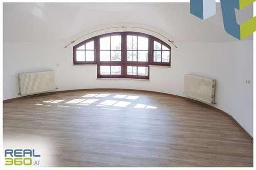 PROVISIONSFREI - NEU sanierte Wohnung mit großer Wohnküche!!