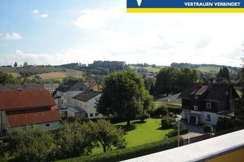 Schöne Wohnung mit Blick über Gallspach, in Ruhelage